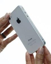Продам iPhone 4s на 16/32/64 гб