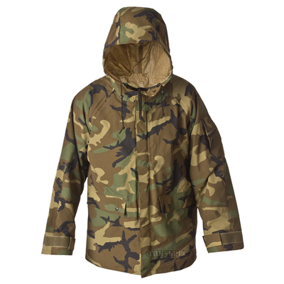 Армейская одежда и снаряжение
