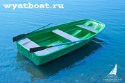 Стеклопластиковая гребная лодка