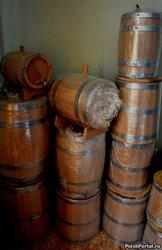 Деревянные бочки для алкоголя и соления