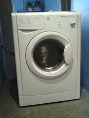 Супер узкая стиральная машина Indesit WIU61 всего 33 см!