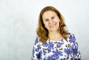 Педагог – психолог,  консультант по энерго- информационным процессам,  б