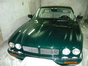 Jaguar XJR II (X300) – Темно зеленый.