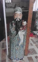 Старинные антикварные статуэтка