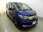 Минивэн 5 поколение 8 мест Honda STEP WAGON SPADA Cool Spirit Sensing