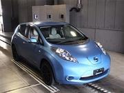 Электромобиль хэтчбек Nissan Leaf кузов ZE0 гв 2012